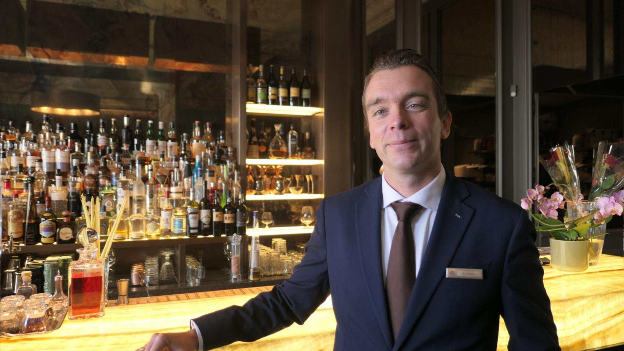 Barman Beau Rivage Palace