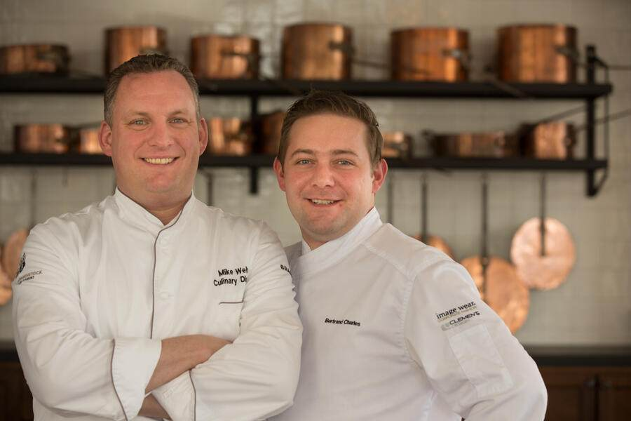 v.l. Mike Wehrle – Culinary Director,Bertrand Charles – Küchenchef RitzCoffier