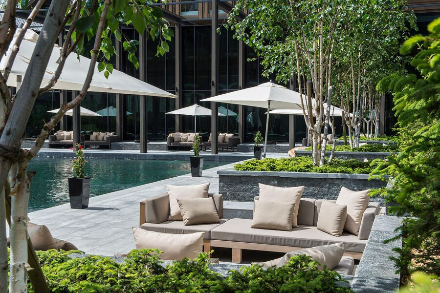 The Courtyard-Lounge-Summer