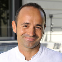 Yves Guillas Kuechenchef vom Hotel Angleterre et Residence Restaurant L'Accademia in Lausanne - GaultMillau