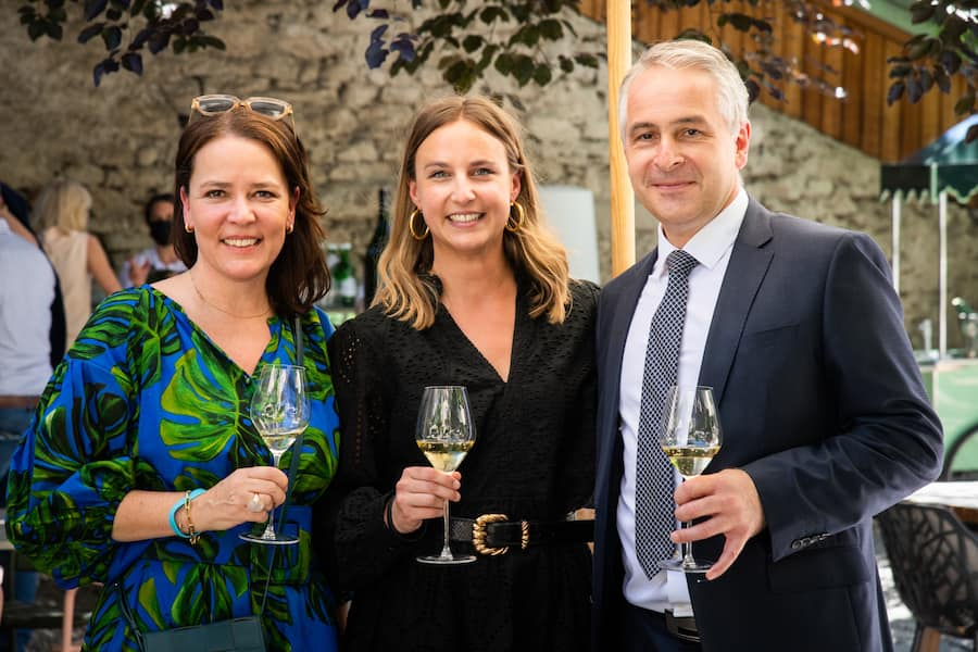 Caminada-Magazin Die Party 2021: Nina Müller, CEO Jelmoli, Cécile Moser, Thierry Bromberger